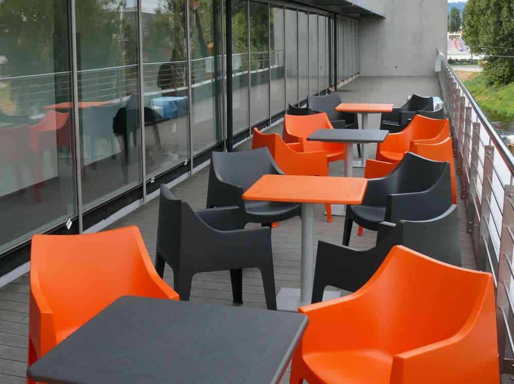 scab design furnishes ice arena in poprad slovakia republic. Black Bedroom Furniture Sets. Home Design Ideas