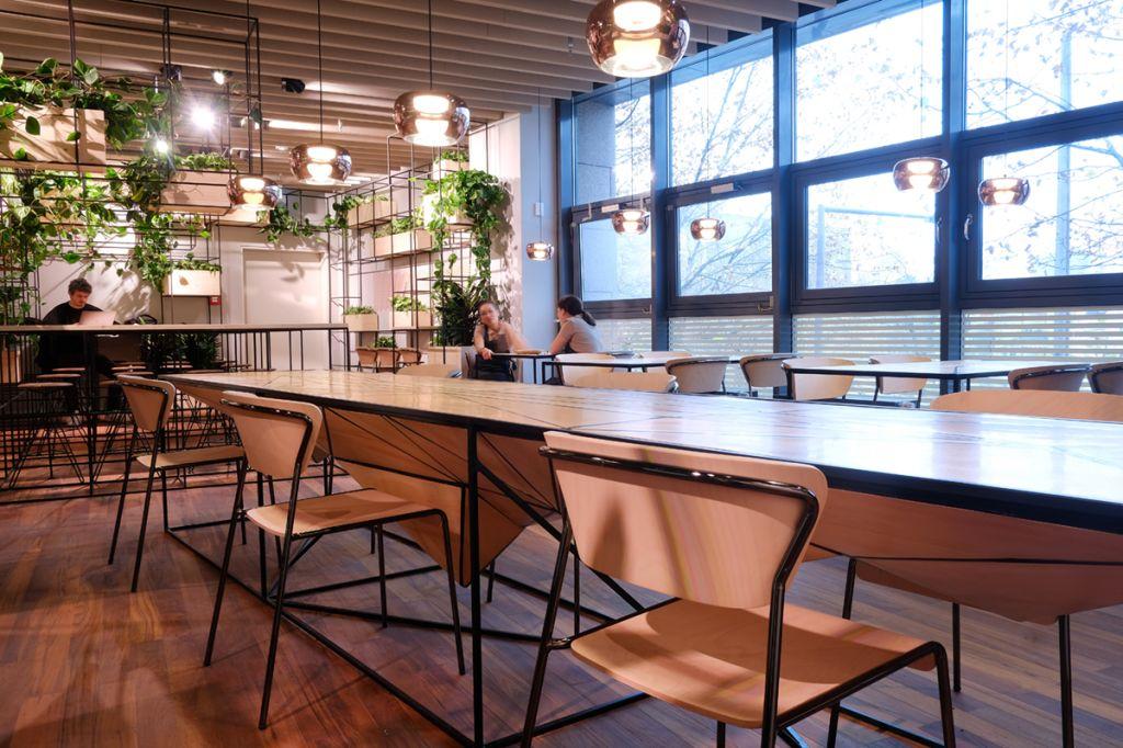 L'architetto Martino Sacchi dello studio Rhizomet sceglie Lisa Wood per il Miss Dô, ristorante vietnamita di Berlino