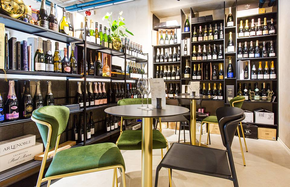 L'Aventure Champagne Bar