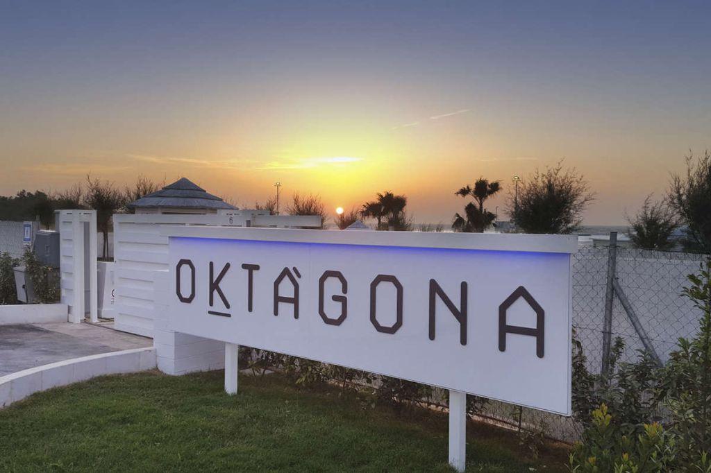 Oktàgona beach & restaurant